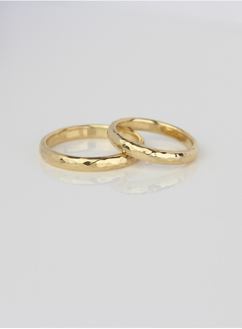 obrączki ślubne klasyczne  młotkowane żólte złoto 0.750 18kt 3.00 mm 8.00 gram