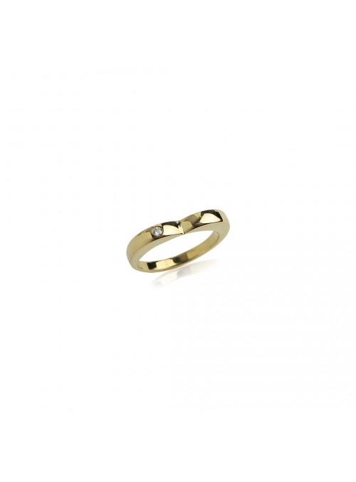 pierścionek z diamentem 0.02 kt  żółte złoto 18 karatowe