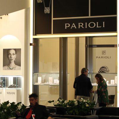 stoisko firmy parioli na targach złotniczych vicenzaoro we włoszech