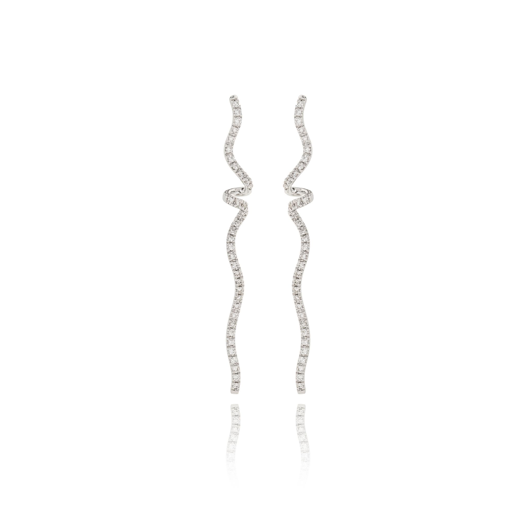 orecchini nastri in oro bianco 18kt con diamanti