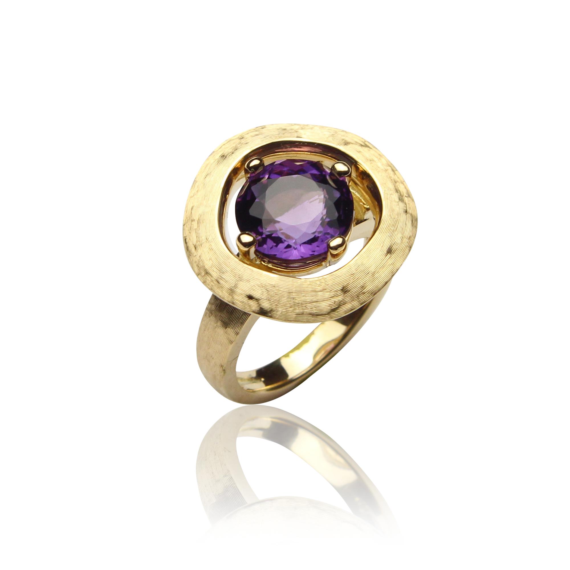 anello sahara in oro giallo 18 carati con ametista
