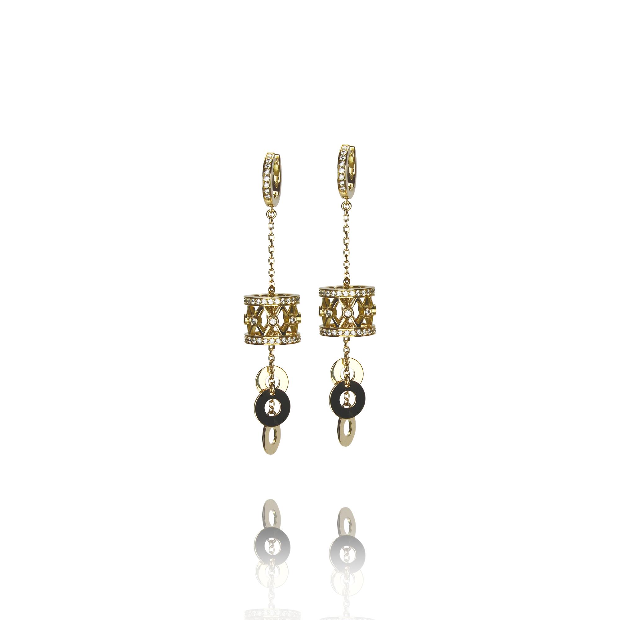 orecchini tamburino in oro giallo 18 carati con diamanti