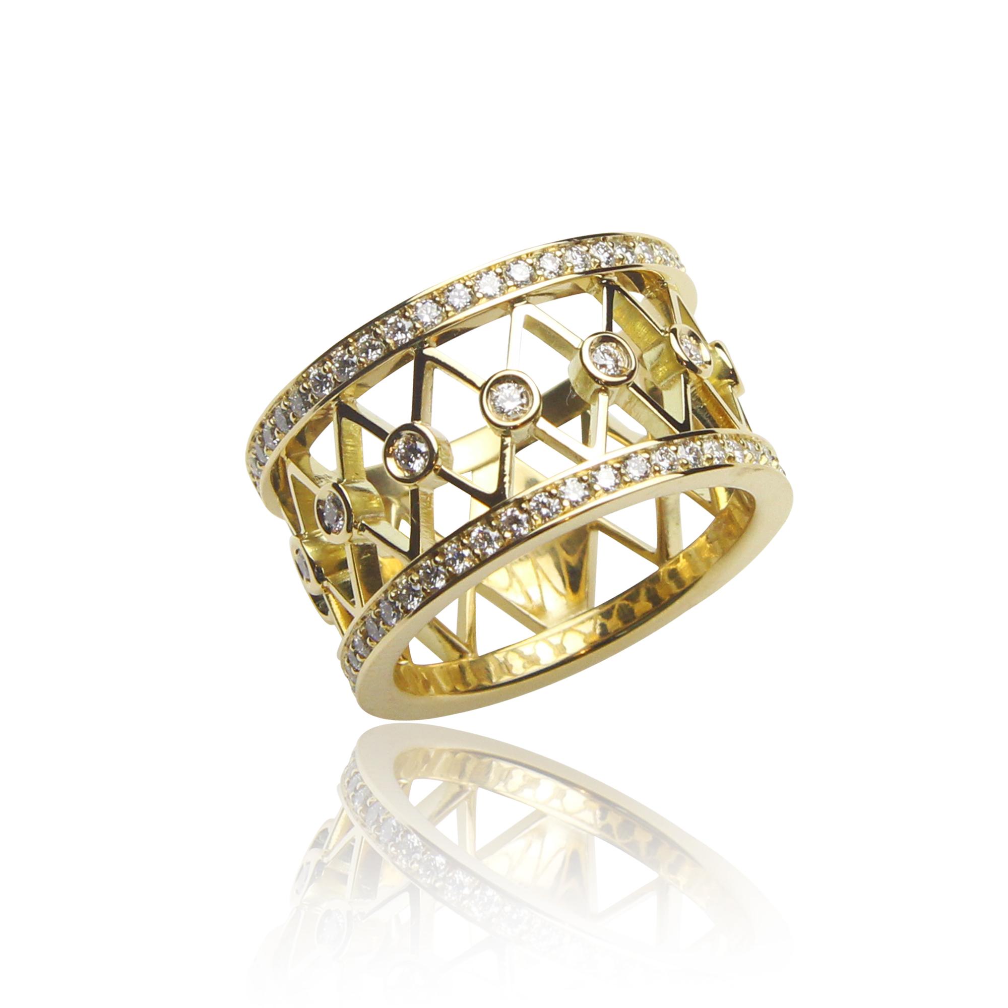 pierścionek tamburino z żółtego złota 18 k aratowego z diamentami